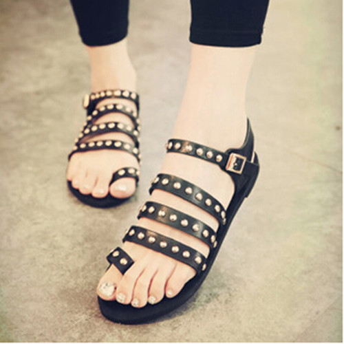 2017 summer European and American punk rivet sleeve toe flat Roman Women sandals flat shoes Women shoes<br><br>Aliexpress
