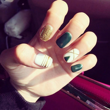 Fashion 24pcs/set Green bottom Gold glitter line design false nails Simple Short size lady full nail tips art tool bride(China)