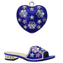 Latest Royal Blue Color Shoes and Bag Set African Sets 2017 Sales In Women Matching Shoes and Bag Set Decorated with Rhinestone(China)
