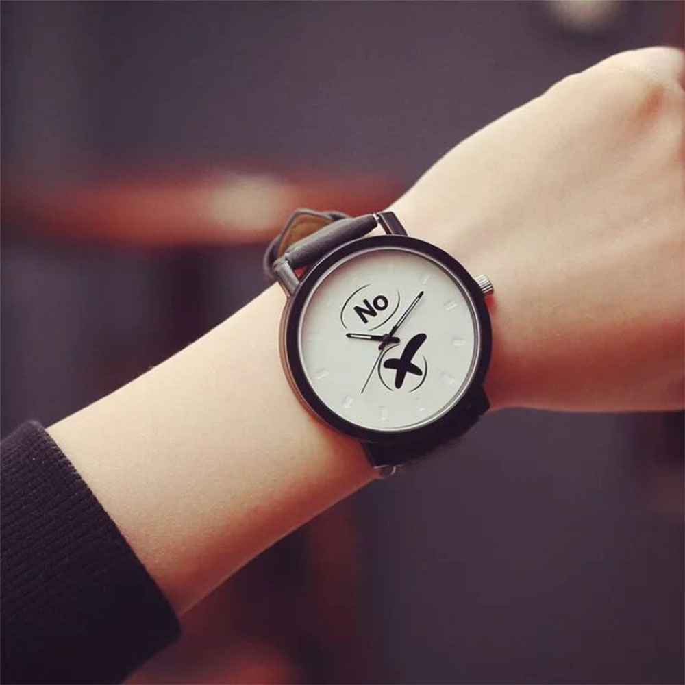 Yes No Simple Couple Black And White Pair Table Fashion Personality