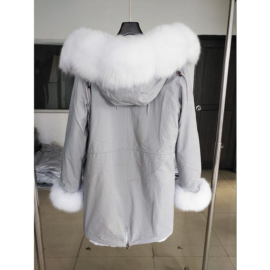 Hooded parka (4)