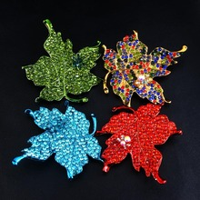 New retro set auger maple leaf brooch A corsage brooch foreign trade hot money deserve to act the role of exquisite colorful lea(China)