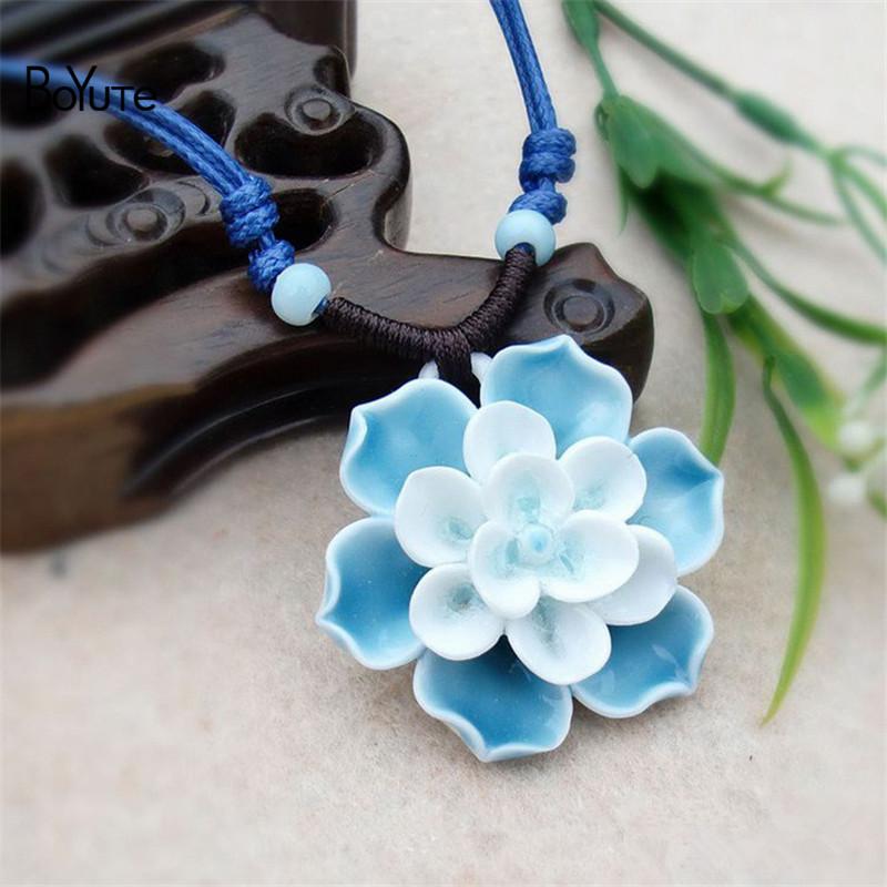 Flower necklace (2)