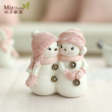 Miz Home 1 Piece Christmas Doll Snowman Resin Decor Craft Figurines for Home Christmas Birthday Gift