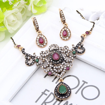 Vintage High Quality Women Flower Jewelry Sets Turkish Resin Earring&Necklace Drop Pendant Hollow Roll Grass Pattern Bijoux Gift