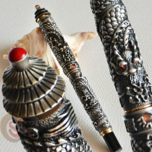 NOBLE JINHAO OLD GREY TWO DARAGON PLAY PEARL ROLLER BALL PEN PAGODA