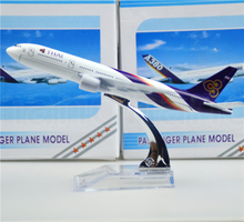 Thailand  Thai Airways International Boeing 777 16cm airplane models child Birthday gift plane models toys Free Shipping