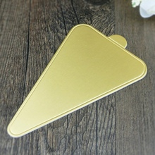 Triangle Cake Pad Gold Mousse Mat Paper Cake Tray Table Mat Holder Kitchen Accessories Baking Tools Pastry Tools(China)