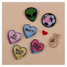 8PCS Patches For Clothing Embroidery Alien/Heart/Football/Finger Gestrue Mix Patches For Apparel Bags DIY Accessories