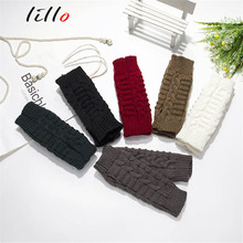 Winter women 's new wild short sets of arm sets of sets of bamboo keyboard warm gloves manufacturers wholesale custom