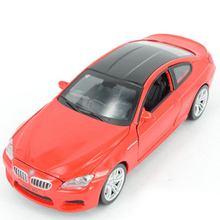 Hot simulation 1:32 scale luxury metal diecast cars M6 open door model pull back alloy toy with sound & light Collection Vehicle