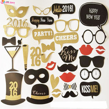 32pcs/set New Wedding Photo Props Wedding Decoration DIY Photo Booth Pillar Party Supplies Party Favors (31 Different Design )