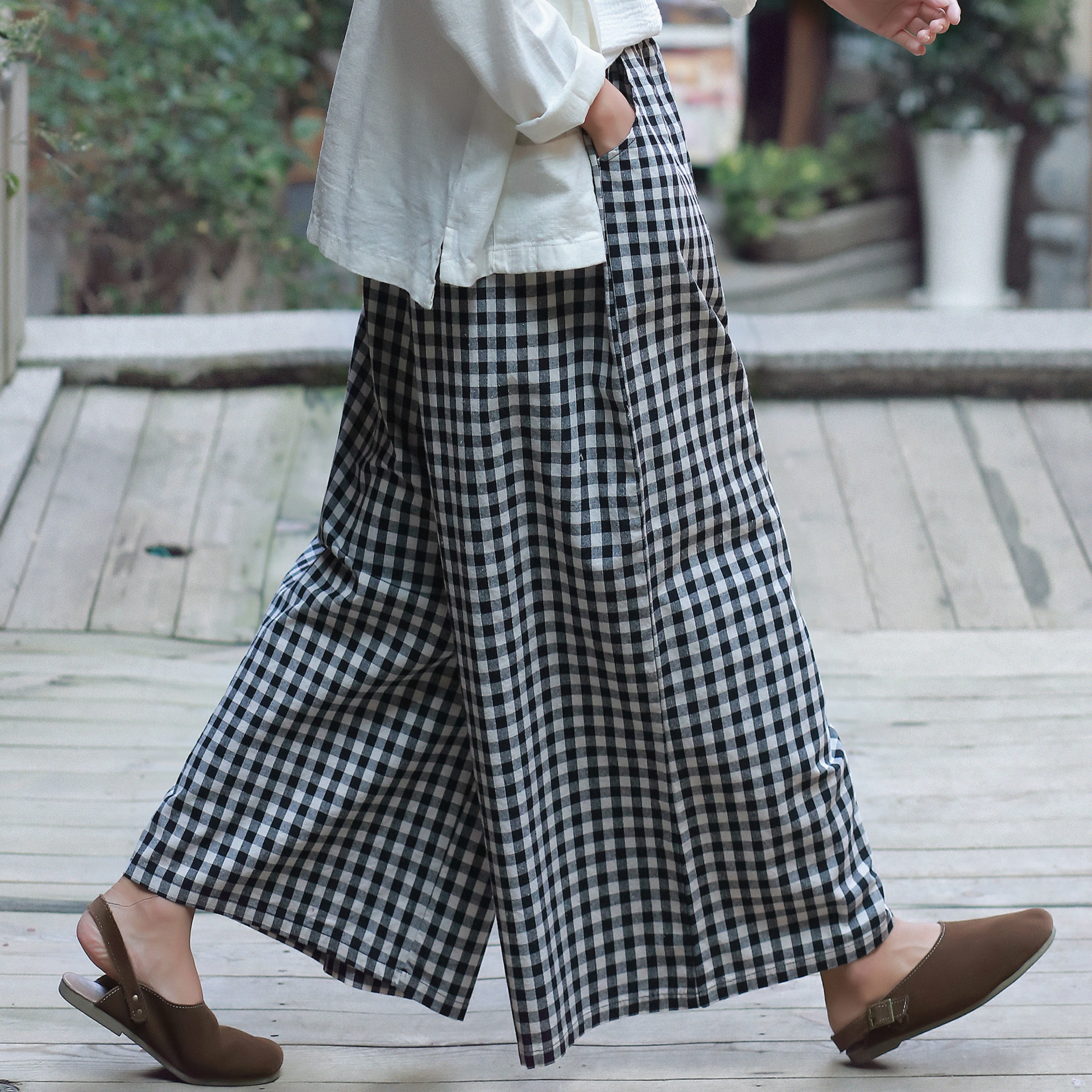 New spring Autumn women plaid pants cotton linen wide pants culottes loose lattice trousers women pantalon
