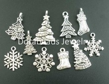 Doreen Box Lovely 40PCs Mixed Antique Silver Christmas-Themed Charms Pendants Findings (B02718)