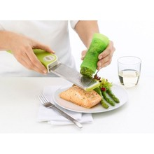 New Arrival Silicone Fresh Herb Saver As Seen On TV Cooking Tools Free Shipping(China)