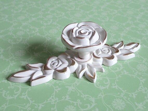 Shabby Chic Dresser Drawer Knobs Pulls Handles Creamy White Gold Rose / Flower Kitchen Cabinet Knobs Handles Pull Ornate Knob<br><br>Aliexpress