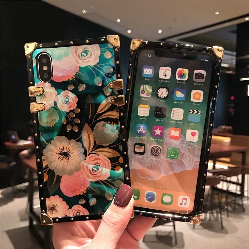 CC Camellia Phone Cover Case For IPhone XSmax XR XS X 8 8Plus 7 7Plus 6S 6Plus Floral Blue Ray Square Rivet Retro Socket Cover