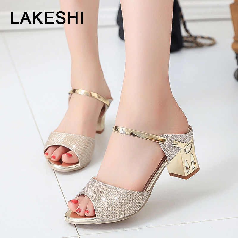 fba7e291054 LAKESHI de tacón cuadrado sandalias de las mujeres zapatos de tacón Zapatos  de oro plata Peep