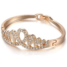 Fashion Spring Summer Bangles& Bangles Clear Crystal Rhinestone Crown Charms gold color Wristband for Women Jewelry Party