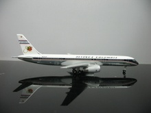 1:500 Avianca Colombia Boeing 757-200 N321LF model plane(China)