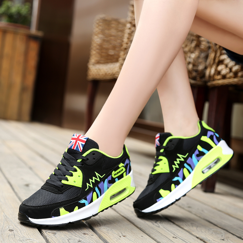 Hot !! 2017 New fashion lady flat shoes breathable outdoor shoes women shoes tide Women Zapatillas Mujer sapatos Comfortable <br><br>Aliexpress