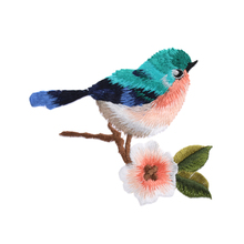 2017 Newest 1 Pc Sew Embroidery Birds Iron On Patch Badge Applique Patches With Glue Beautiful Special Clothes Accessories
