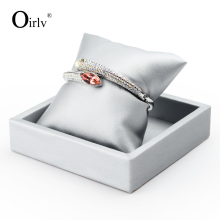 Oirlv PU Leather Bangle Serving Trays Jewelry Watch Display Holder Silver Small with Pillows for Shop Exhibition(China)