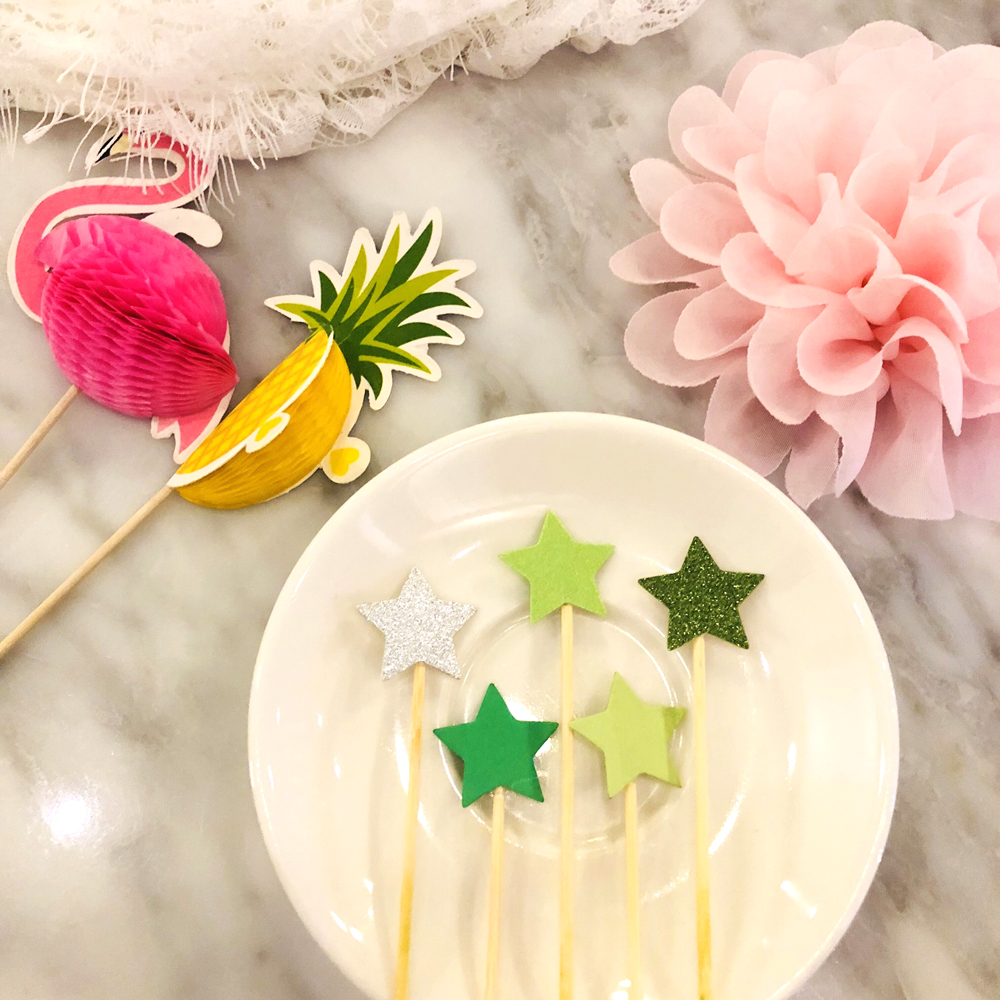 NEW 10pcs Stereo Pineapple Flamingo Fruit Toothpick Flower Sign Wedding Party Decoration Easter Home Decoration Accessories (4)