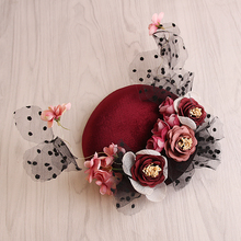 High End Wine Red Velvet Hat Base Mesh Fabric Flower Facinator Hair Clip Wedding European Style Women Party Show Headdress