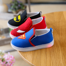 2018 European cartoon slip on baby girls boys shoes hot sales cute LED lighting children glowing sneakers shinning kids shoes