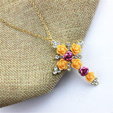 Wholesale gift girl  purple. Chrysanthemum. White gem match the cross pendant necklace with free shipping.