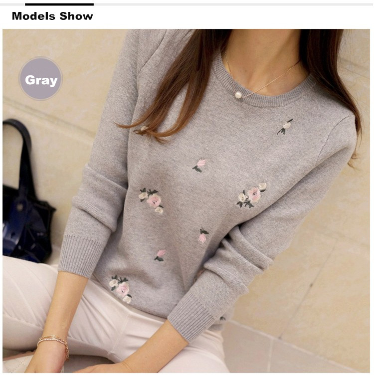 S-3XL New Youth Women's Sweater Autumn Winter 17 Fashion Elegant Peach Embroidery Slim Girl's Knitted Pullover Tops Female 8