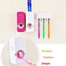 Creative Product Tooth Brush Family Sets Automatic Toothpaste Dispenser Toothbrush Holder Sets