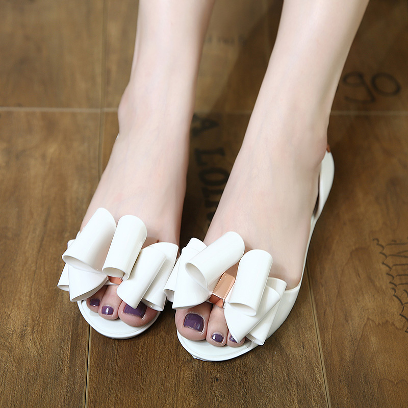 Women  butterfly knot fish mouth flat bottomed jelly sandals<br>