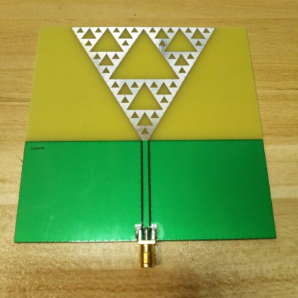 Radio frequency antenna, UWB antenna, fractal antenna, art antenna<br>