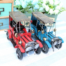 Retro Nostalgia Iron Crafts Metal Antique Car Model Desktop Decoration Children Car Toys Birthday Gift Home Decoration Accessory