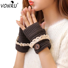 Fashion Winter Knitted Warm Fingerless Gloves Women Lace Button Wrist Soft Mittens 7 Colors Christmas Gifts Mitaine Femme1ST6102
