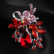Factory Direct Sale Crystal Diamante and Red Acrylic Stones Bow Brooch Pins in assorted color