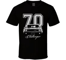 Summer Style Mens T-shirt 1970 Challenger Grill Year Model Name Dark Color Shirt