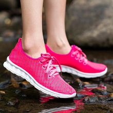 Running shoes summer spring sneakers super light Wholesale sport walking jogging  Men lover women trendy athletic  shoes