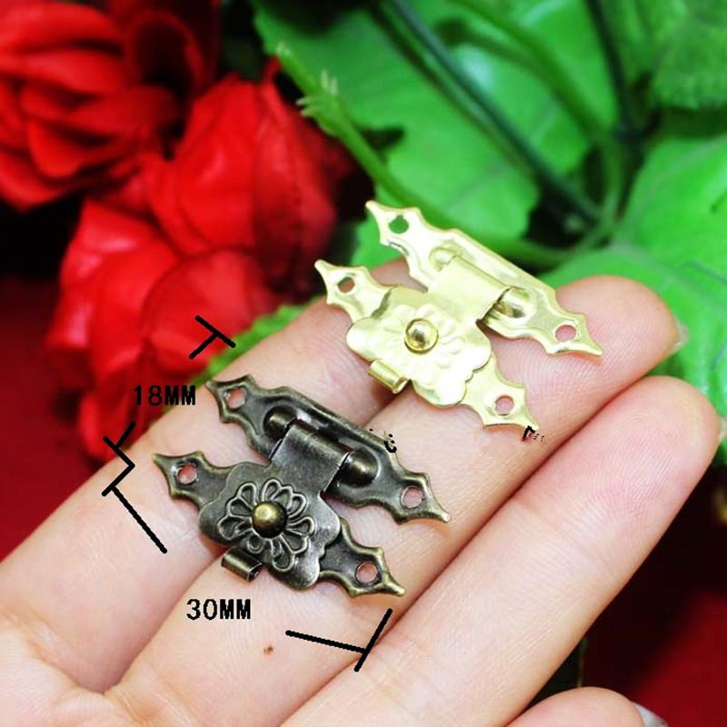 Antique-Iron-Jewelry-Box-Padlock-Hasp-Locked-Wooden-Wine-Gift-Box-Handbag-Buckle-Hardware-Accessories-30 (1)