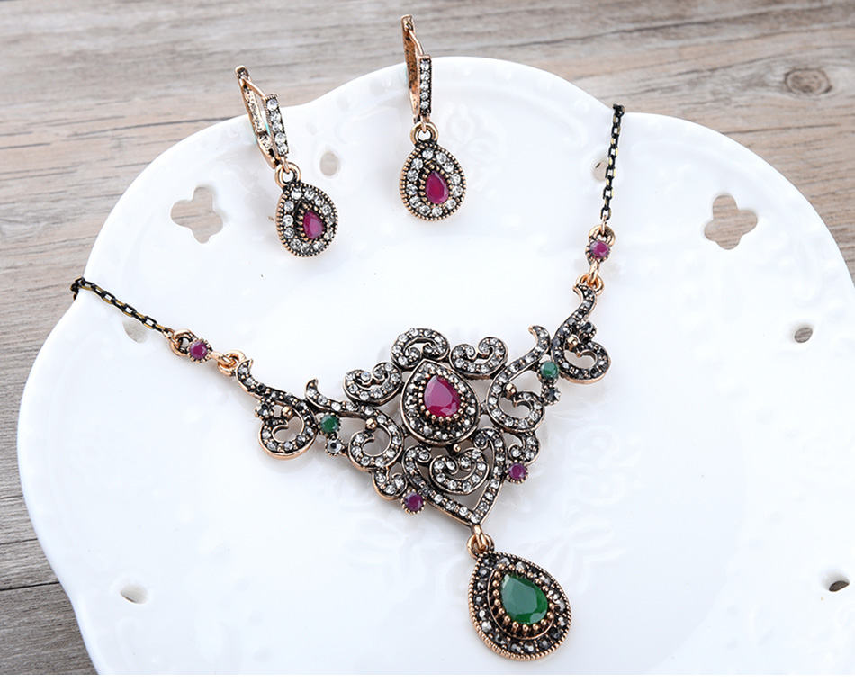 women\`s-vintage-jewelry-sets-of-wedding_02