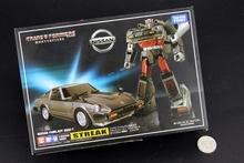 Free Shipping Robot Car MP-18 MP18 Bluestreak STREAK Nissan Fairlady 280Z-T Action Figure New in Box(China)
