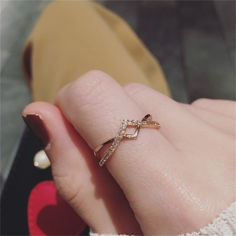Fashion Adjustable Ring Hollow-out Cross Crystal Ring Wedding Band Micro Pave Cubic Zirconia Ring For Women Jewelry C25