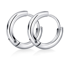 FWORLD New Titanium steel male hoop earrings metal texture silver color and black earrings hoop for good friend gifts E-006