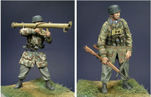 Free Shipping 1/35 Scale Unpainted Resin Figure World War II German Rocket launcherman 2 figures collection figure
