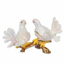 Decorative Enamelled Faberge Trinket Jewelry Box Pigeon Dove Jewellery Container Pewter Ornament Collectible Gifts(China)