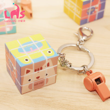 100pcs/set New Magic Cube with Key Chain Whistle Keychain Gifts Cute Creative Gift Wholesale Toy Magic Cube Cheap Wholesale