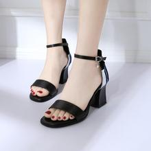 952fc3aabce9 Hot Sale Women Beach Sandals Flat Slippers Holiday Wind Clip Toe Sandals  Rhinestones High Heels Open