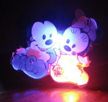 Led Wedding Dress 200pcs/lot Cute Mickey Minnie Led Flashing Toy Light Up Badge Brooch Pins For Party Supplies,kids Cheap Gift